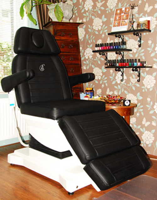 Behandelstoel bij Total Footcare